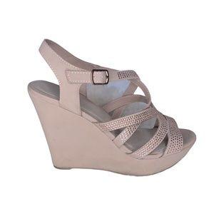 Me Too Wedge Heel Sandals With Rhinestone Size 8.5